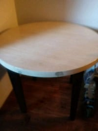 Dining table  Formica top