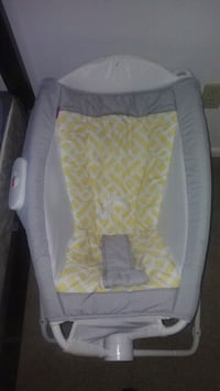 baby's white and gray bouncer West Lafayette, 47906