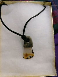 Hand-sculpted Montana agate leather Albany, 97321
