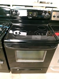 KENMORE ELECTRIC STOVE LIKE NEW WORKING PERFECTLY