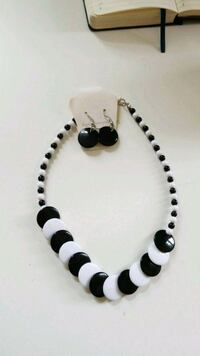 white and black beaded necklace Bethesda, 20816