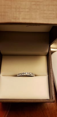 14k White Gold Wedding band with diamonds Washington, 20002
