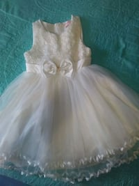 Beautiful Communion Size 7/8 Girls white color adorable!!