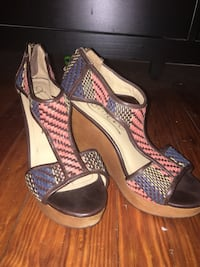 Woven pattern wedges - Size 9 Charleston