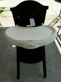 white and black high chair Rockford, 61109