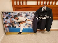 NY Yankee Coat with Free Poster Germantown, 20874