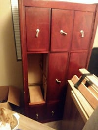 Dresser and king size bed mattresses