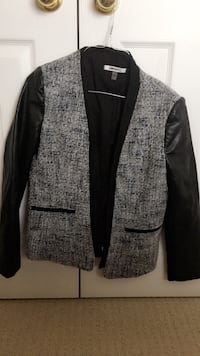 gray and black blazer Kitchener, N2E 0B2