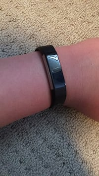 fitbit Medway, 02053