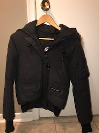 Canada Goose (Adult XS) Mississauga, L4Y 3J2