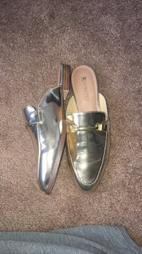 Pair of gold restricted leather clogs 12 mi