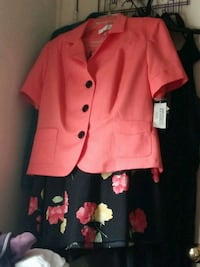 Womens peach and black 2 piece set Wilmington, 28405