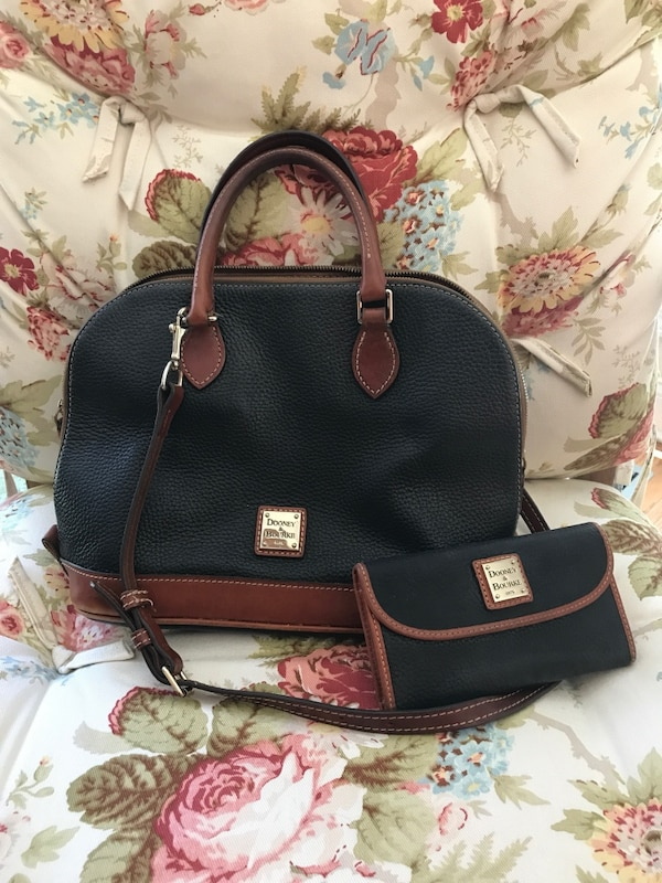 a75bc61036cb Black and brown leather Dooney and Bourke 2-way tote bag and wallet