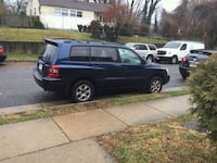 black 5-door hatchback Falls Church, 22042