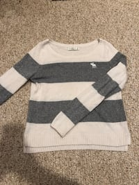 Abercrombie & Fitch sweater Middleboro, 02346