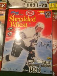 Gretzky cereal box and card