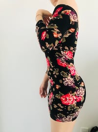 women's black and red floral dress Toronto, M5S 1Z7