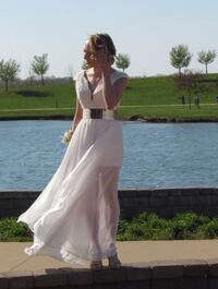 Women's white prom dress New Berlin, 62670