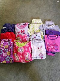 PJ's girls size 7-8, 6 sets and 3 extra pants Ajax, L1T 1P8