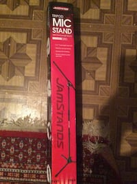 M.i.c stand brand new never bin used  Mississauga, L5E 1R3