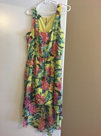 High low dress - Med/Lg Ottawa, K0A 2W0