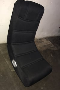 Like New Gaming chair