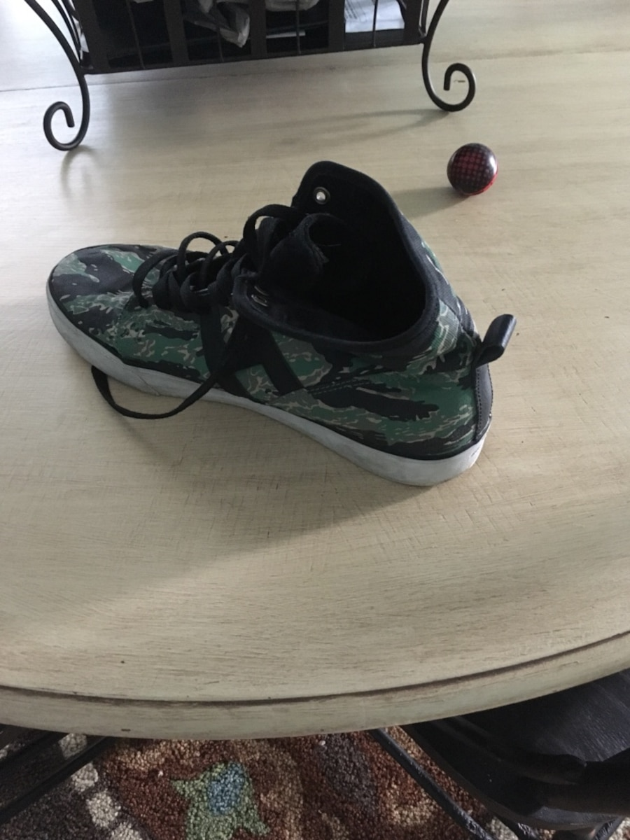 Size 10 Huff Men's Shoes  - Ontario