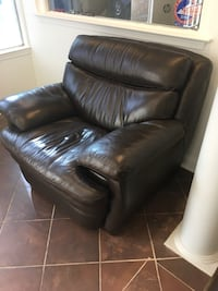 Single couch  Stafford, 22554