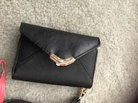 Phone purses barely used