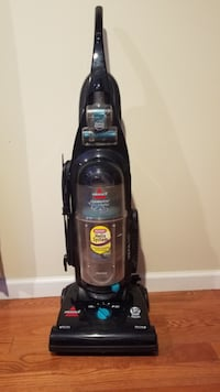 Wired vacuum cleaner Bissell  Falls Church