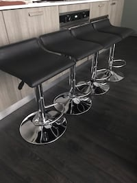 4 Black Adjustable Swivel Bar Stools / Chairs  Toronto, M4Y 1T1