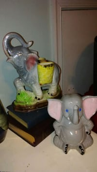 2 Ceramic Elephant Decor
