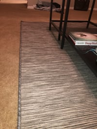 Gray rug Fort Wayne, 46804