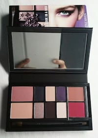 MAC FACE KIT EYESHADOW, LIPSTICKS AND BLUSH Vaughan, L4L 1V3