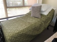 Sleep Country Reclinable bed  Toronto area BRANTFORD
