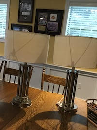 White/ Brushed Nickel table lamps  Pending Pick Up 47 km
