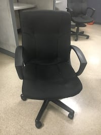 black leather office rolling armchair Los Angeles, 91316