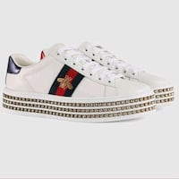 Gucci ladies sneakers size 8 Dollard-des-Ormeaux, H9B 2C8