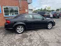 2011 DODGE ANVEGER MAINSTREET . 1 OWNER . LOW ON GAS . RELIABLE! Livonia