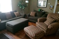 9 piece livingroom set green and tan  183 mi