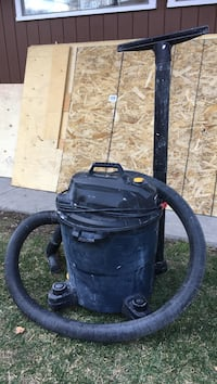 Wet/dry shop vacuum.... Winnipeg, R2L 0M6