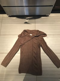 brown knitted sweater Repentigny, J5Y