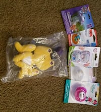 Baby plush toy and 5 pacifiers Corpus Christi, 78413