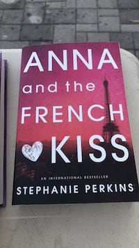 Anna and The French Kiss Phoenix, 85085