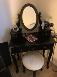Beautiful Black Elegant Vanity w/ Stool Dundalk