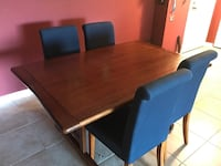 Dining room table and chairs North Bend, 97459