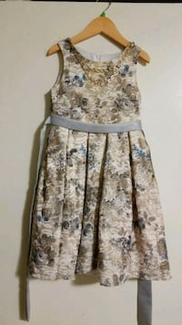 brown and white floral spaghetti strap dress Toronto, M1T 2G6