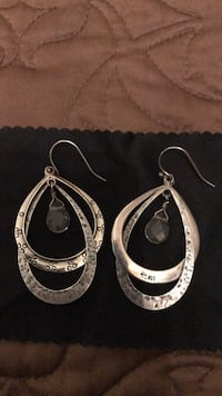 Pair of silver-colored hoop earrings Bristow, 20136
