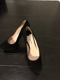 Miu miu black suede pumps.Brand new.size 40.Comes with boxz Toronto