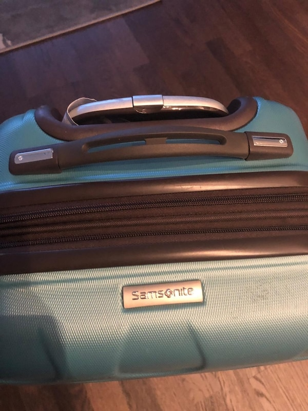 Samsonite Ziplite Carry-On Expandable Luggage